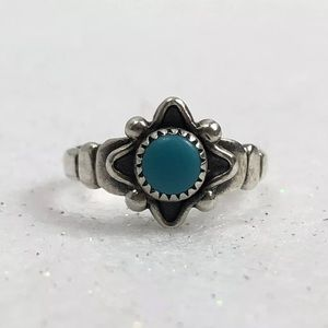 Jewelry - Sterling Silver & Turquoise Ring South West Design